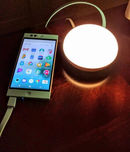 Charging The NextBit Robin with The Choetech Nighlight