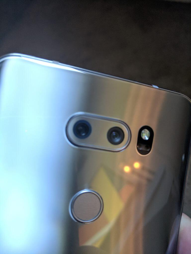 Rear Cameras of the LG V30