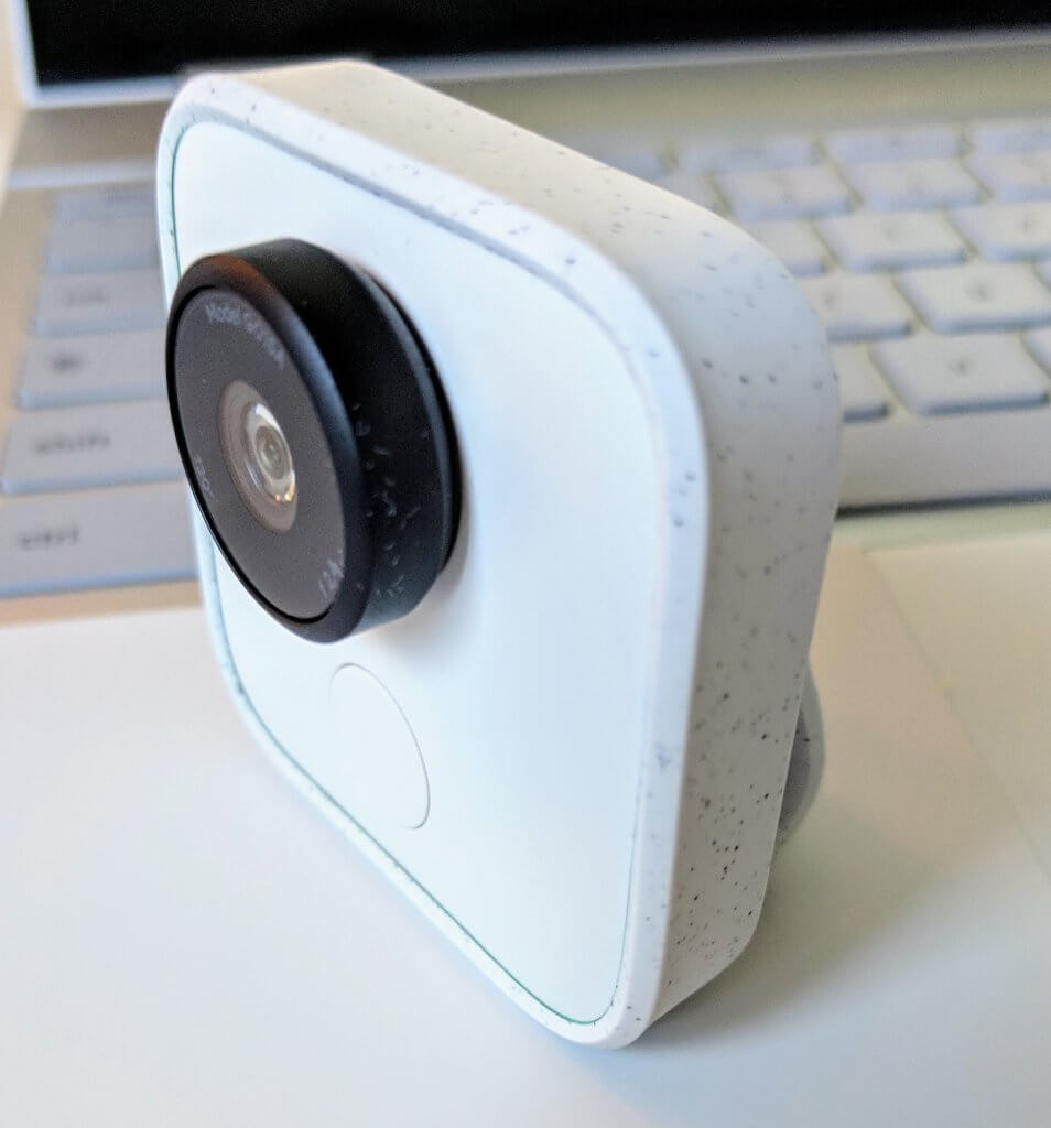 Google Clips in its Clip Stand
